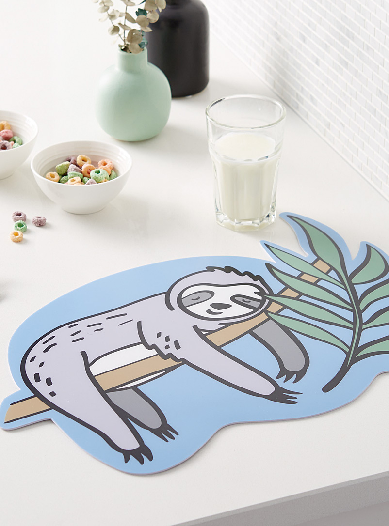 dreamy-sloth-vinyl-placemat