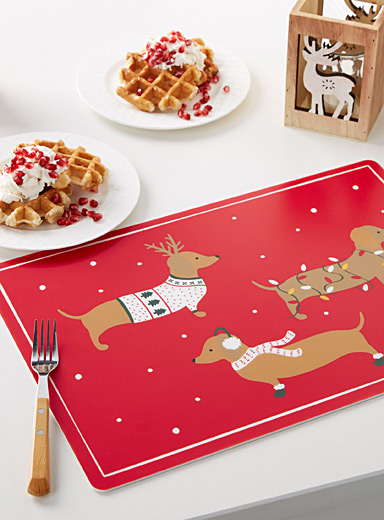 Holiday dachshund vinyl place mat