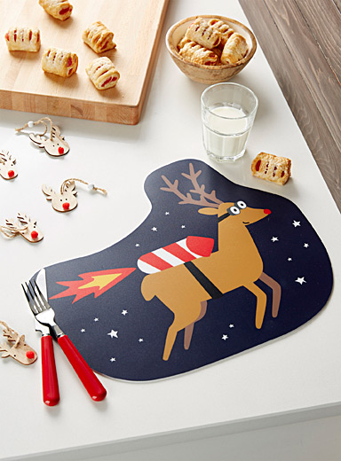 Supersonic deer placemat