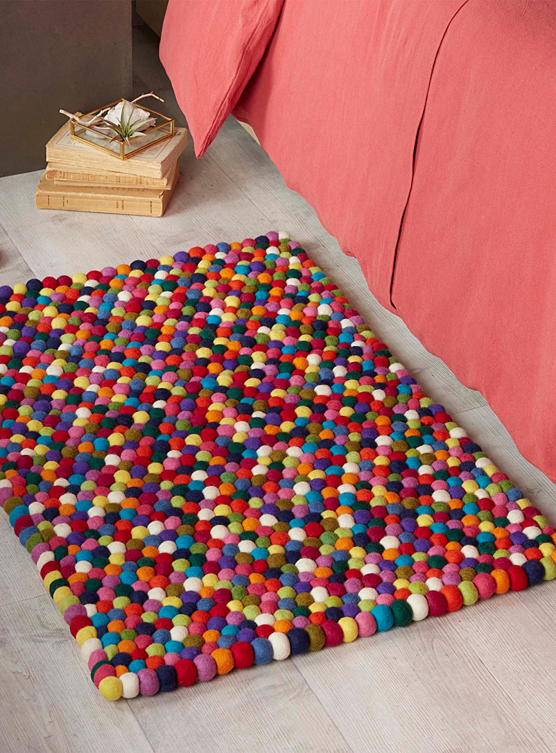 Wool pompom floor mat  60 x 90 cm - Patterned - Assorted