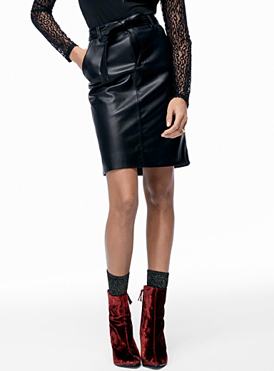 Tie-belt faux-leather skirt