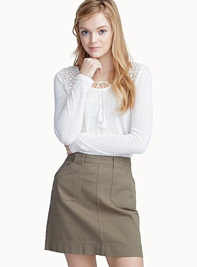 Mega-pocket skirt