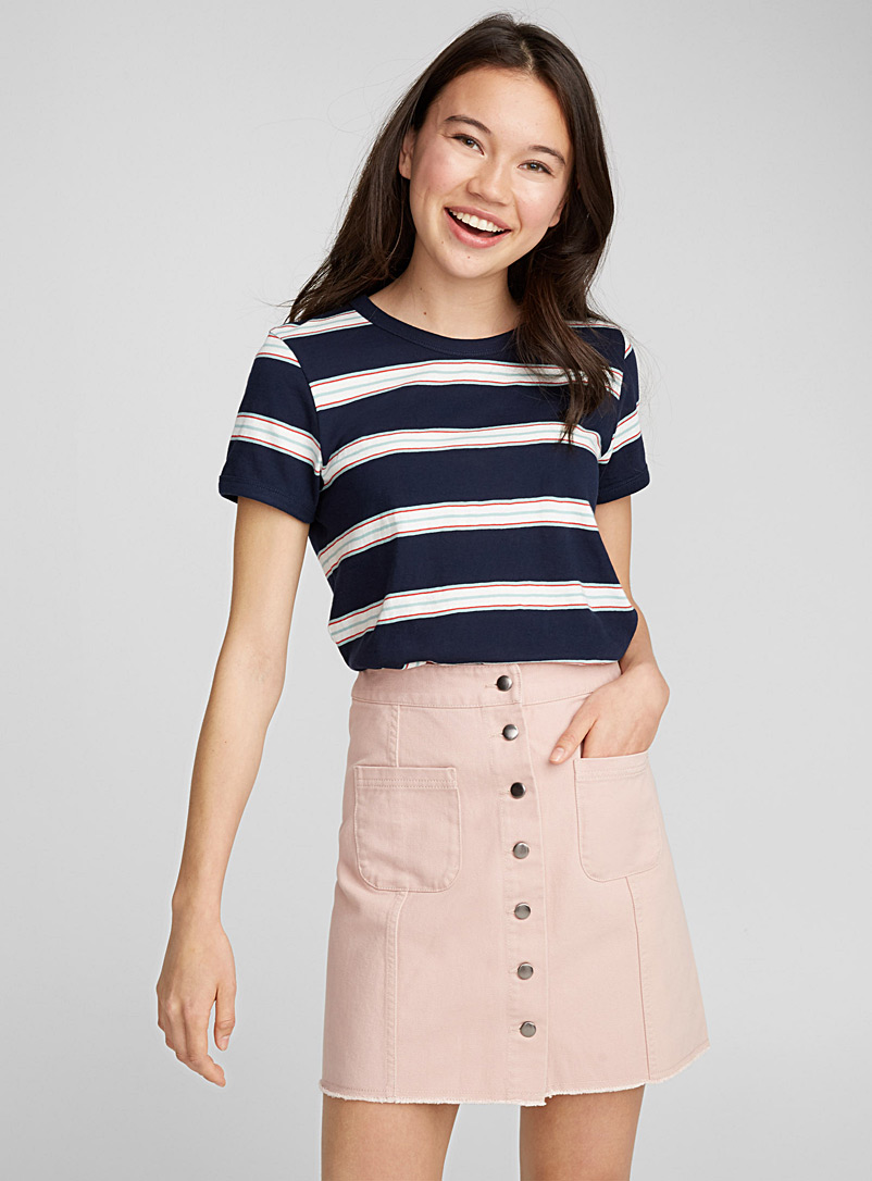 accent-pockets-miniskirt