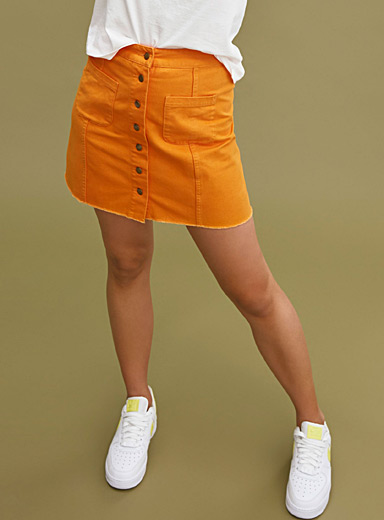 Accent-pocket miniskirt