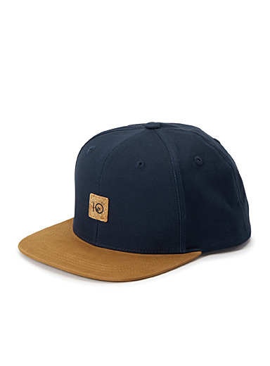 Two-tone baseball cap