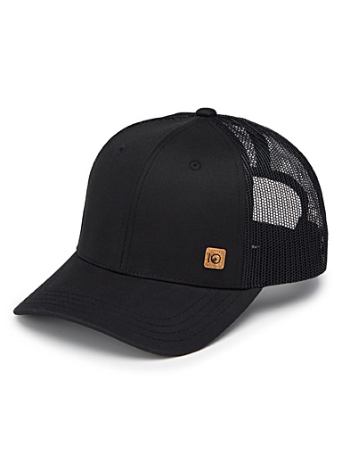 Elevation cap