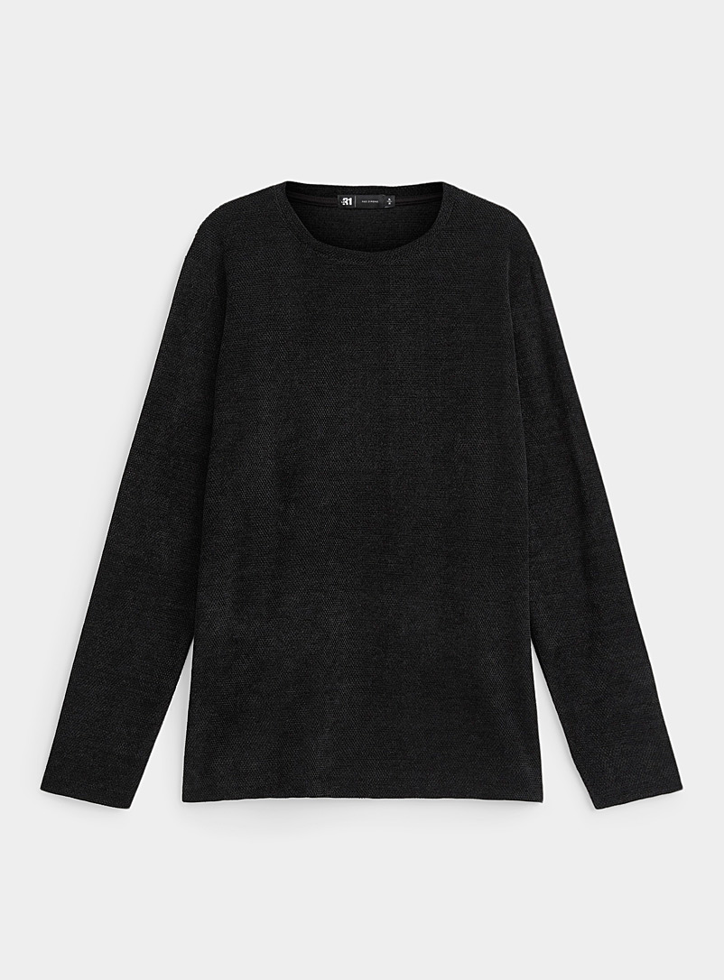 Le t-shirt tricot chenille relief