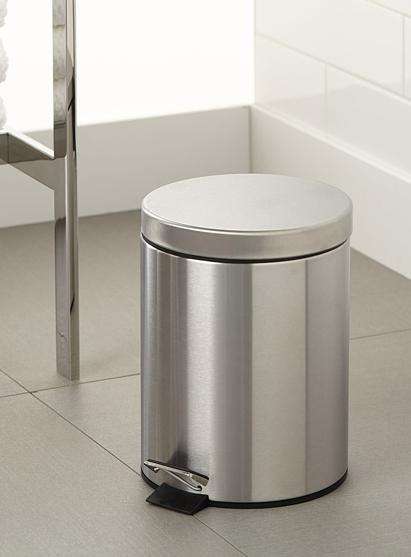 Stainless steel wastebasket with cover - Accessories & Wastebaskets - Assorted