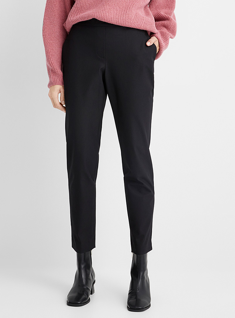 Structured minimalist pant