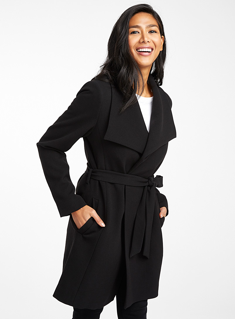 Contemporaine Black Lapel robe jacket for women