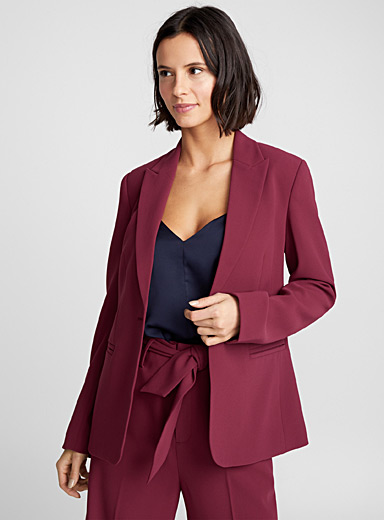 One-button fitted jacket