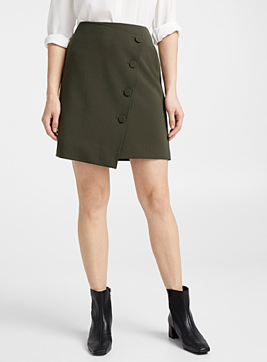 Minimalist buttoned crossover skirt