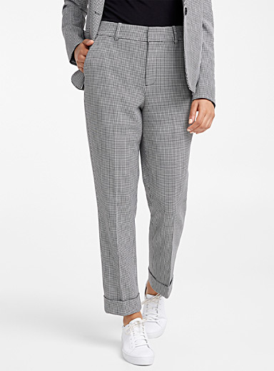 Semi-slim houndstooth pant