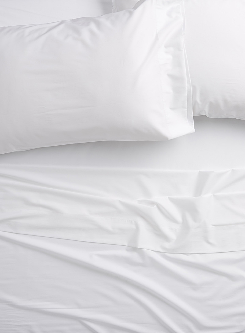 Simons Maison White Bamboo rayon and cotton 300-thread-count sheet set Fits mattresses up to 16 in.