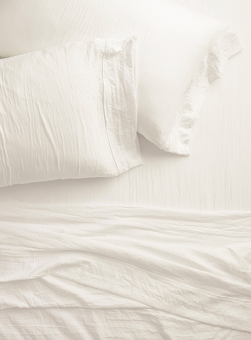 Simons Maison White Washed microfibre sheet set  Fits mattresses up to 15 in.
