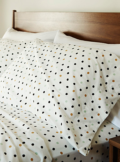 Comfy dot percale plus sheet, 200 thread count <br>Fits mattresses up to 15 in.