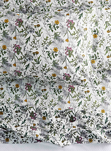 Drawn flower percale plus sheet 200 thread count <br>Fits mattresses up to 15 in.