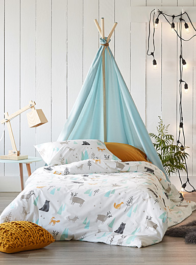 A walk in the woods comforter set