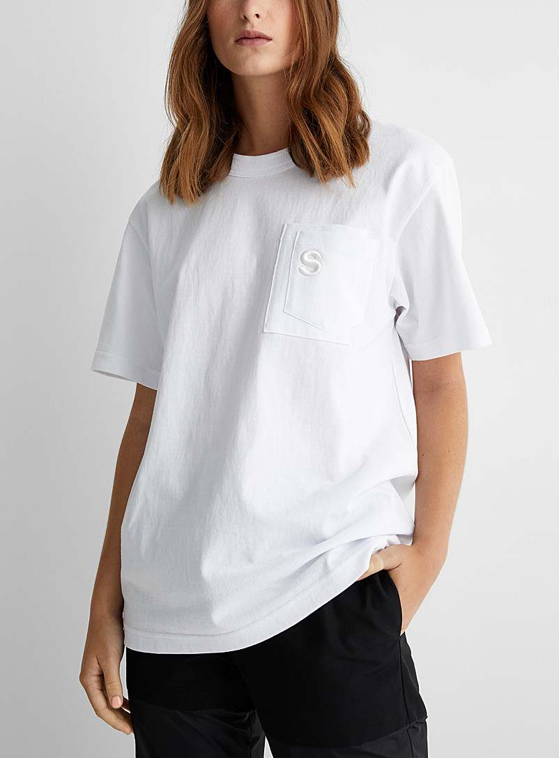 Sacai White Embroidered S double pocket T-shirt for women
