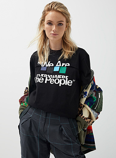 Le t-shirt We Are The People