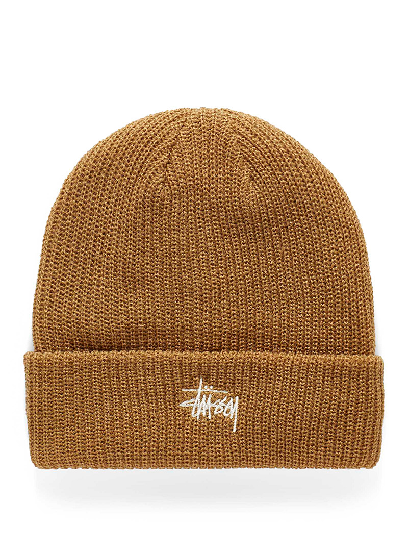Embroidered logo ribbed tuque