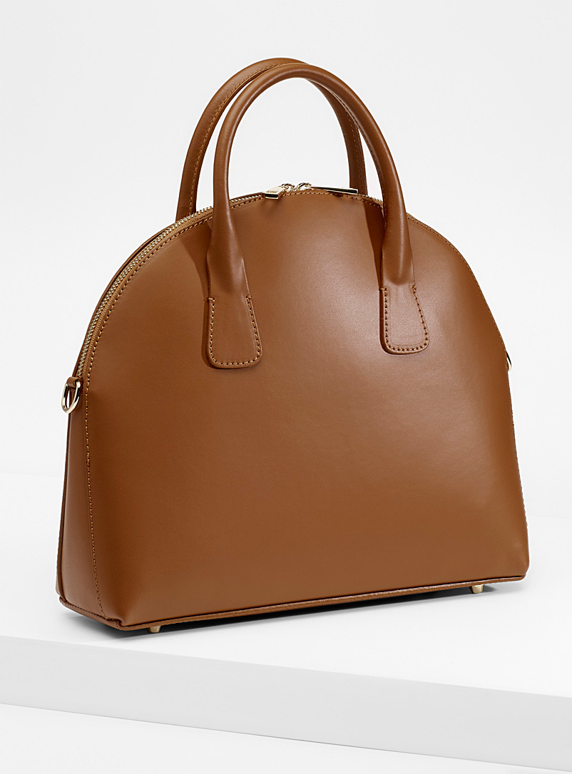 structured-smooth-leather-tote