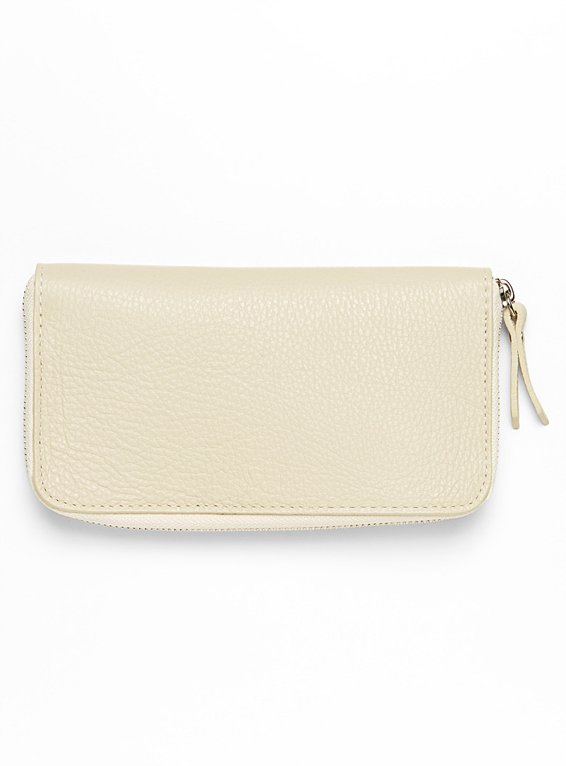 grained-leather-wallet