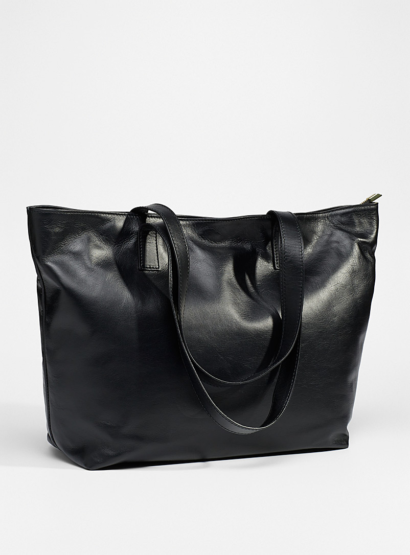 Simons Black Timeless supple leather tote for women