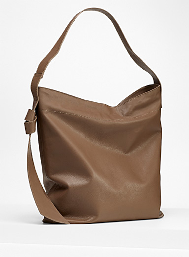 Tie accent leather tote