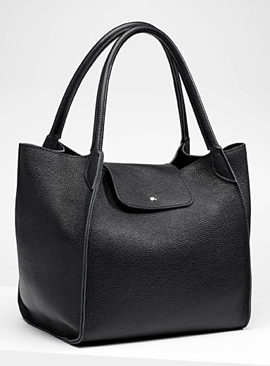 XXL grained leather tote