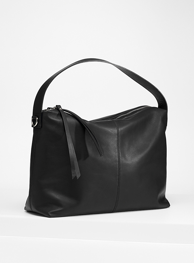 Simons Black Supple leather shoulder saddle bag for women
