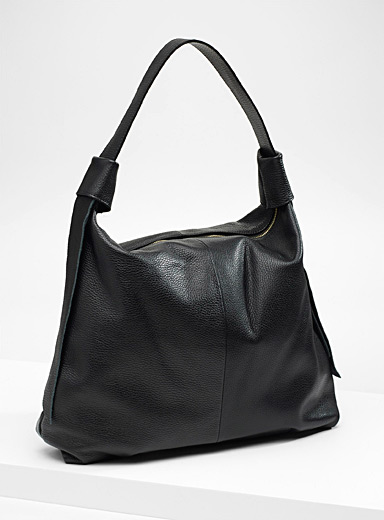 Side ribbon tote