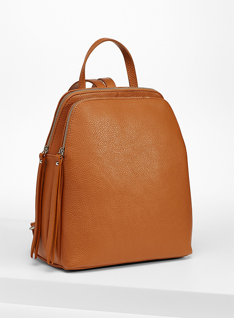 Simons Fawn Minimalist leather backpack for women