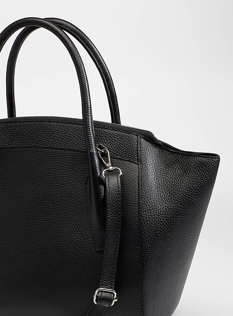 Simons Black XL leather tote for women