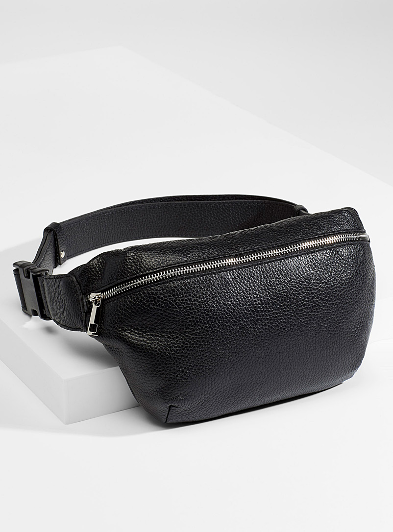 Le 31 Black Pebbled leather belt bag for men