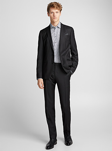 Textured black suit  Regular fit