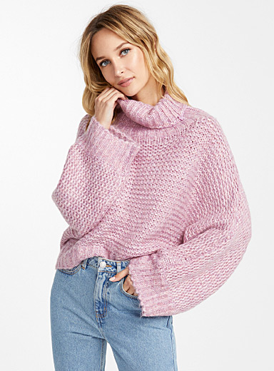 Frosted pink cropped sweater
