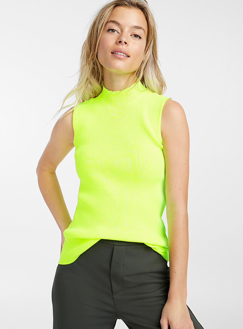 ribbed-high-neck-top