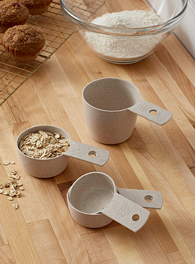 Eco-friendly recyclable wheat husk measuring cups  4-piece set