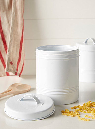 Large food canister