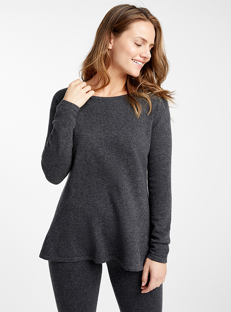 pure-cashmere-charcoal-sweater