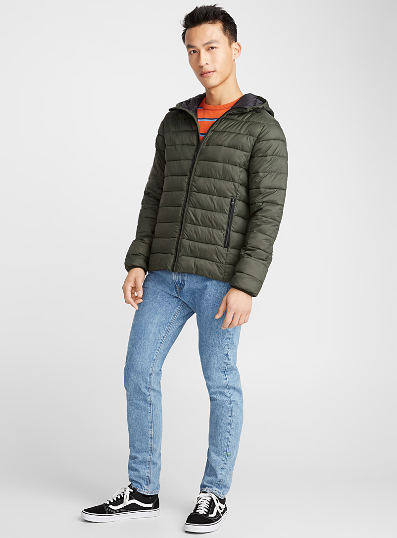 packable-hooded-puffer-jacket