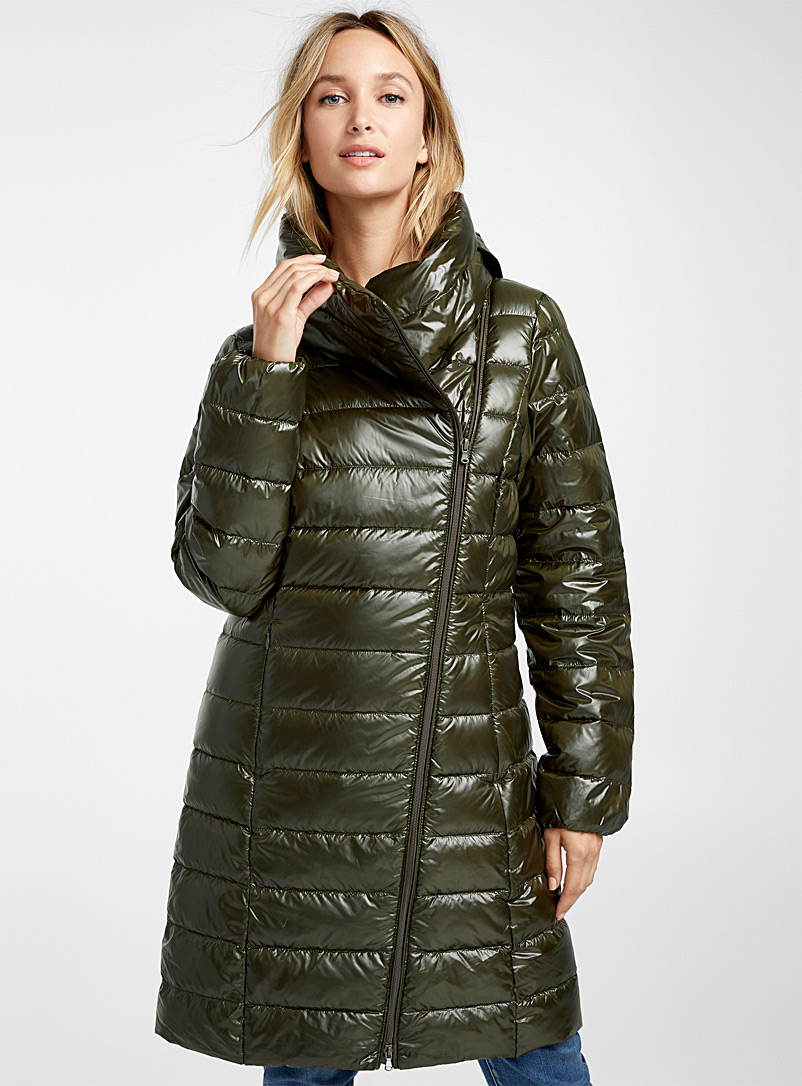 Recycled polyester off-centre zip puffer jacket - Quilted and Down Jackets - Mossy Green
