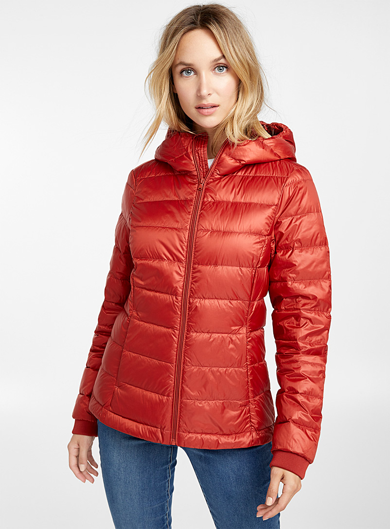 recycled-polyester-hooded-puffer-jacket