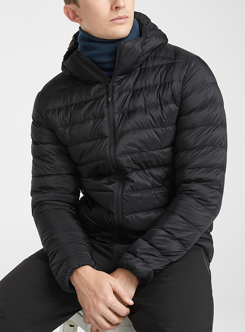 I.FIV5 Black Eco-friendly packable hooded puffer jacket for men
