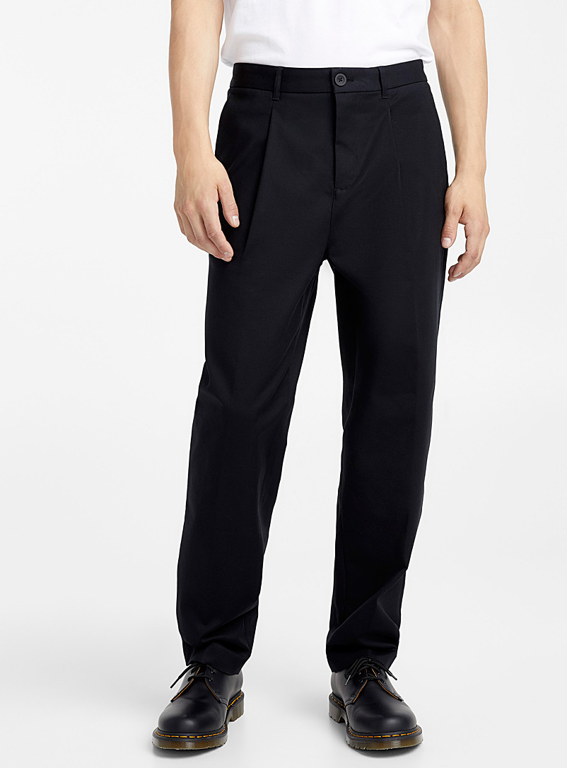 stretch-flat-pleat-chinos-br-straight-fit