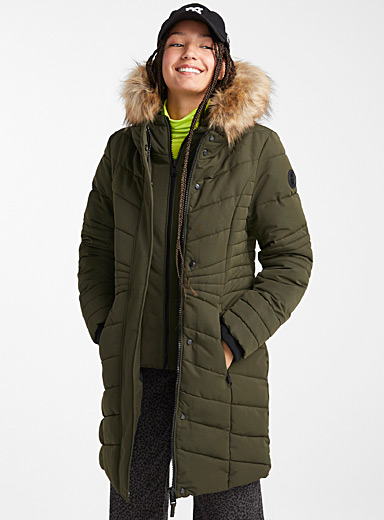 Horizontal quilted parka