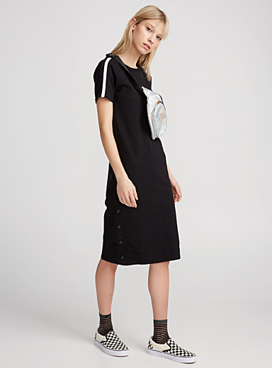 Sporty snap dress