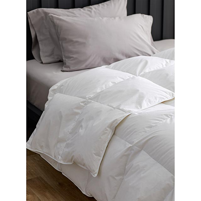 le-germain-canadian-white-goose-down-duvet