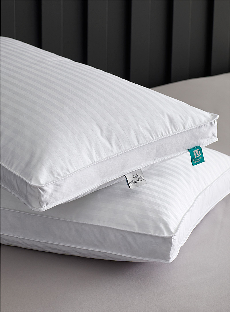 Le Germain Hôtels White Divine pillow  Soft support